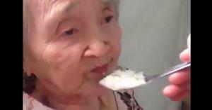 Dỗ bà ngoại ăn cơm ngọt như mía lùi gây 'sốt' mạng xã hội