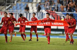 Chùm ảnh: U15 Việt Nam đánh bại U15 Thái Lan để lên ngôi vô địch