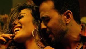 Malaysia cấm ban hành 'siêu hit' Despacito