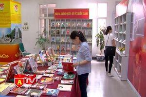Thư viện Hà Nội trưng bày sách, báo nhân kỷ niệm 70 năm Ngày Thương binh - Liệt sĩ