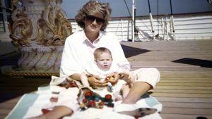Công nương Diana trong mắt con trai