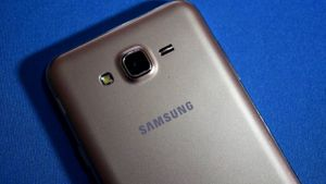 Samsung bất ngờ ra mắt biến thể cấu hình thấp của Galaxy J7