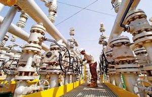 Giá dầu tăng mạnh nhờ Ả Rập Saudi cam kết giảm lượng xuất khẩu