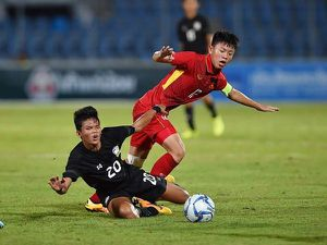 Vũ Tiến Long: Từ cầu thủ bị dọa cắt gân thành đội trưởng U15 Việt Nam