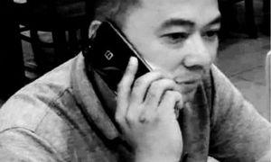 BPhone 2 bất ngờ lộ diện, rộ tin đồn về phiên bản 'mạ' vàng