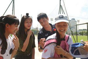 Thầy trò HLV Hữu Thắng ký mỏi tay trước thềm đại chiến với sao K.League