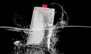 Túi đựng Phoozy: giải pháp chống nóng cho điện thoại