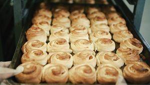 Chuyện chiếc bánh Âu ngàn lớp giá 3.000 đồng ở Hội An
