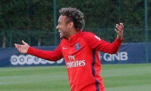 PSG đăng hình Neymar chọc tức Barcelona