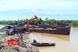 Tăng cường kiểm tra các bến bãi trung chuyển vật liệu xây dựng hoạt động không phép