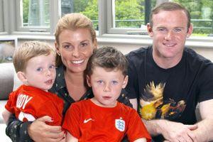 Rooney lần thứ tư đón tin vui