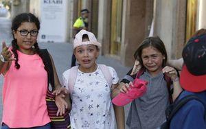 Chùm ảnh: Đau đớn và hoảng loạn sau vụ khủng bố Barcelona