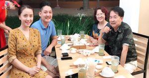 Hải Băng hạnh phúc khoe ảnh sum họp vui vẻ bên bố mẹ Thành Đạt