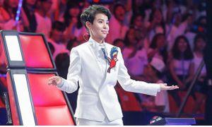 Quay lại 'Giọng hát Việt nhí', Vũ Cát Tường đã 'lầy' hơn xưa