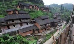 Bí ẩn ngôi làng trăm năm không có muỗi