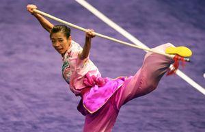 SEA Games 21/8: Wushu, đua xe đạp giành HCV