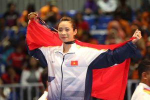 Chủ nhà Malaysia bật nhạc Sơn Tùng M-TP khi Việt Nam có HCV