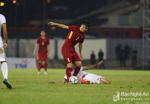 Trọng tài gây tranh cãi, U22 Việt Nam bất lực trước lối chơi xấu xí của Indonesia