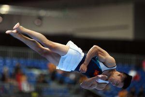 Thanh Tùng bảo vệ kịch tính HCV nhảy chống SEA Games
