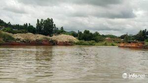Đắk Lắk: PCT huyện trực tiếp 'dẹp' các bãi cát tập kết gần cầu Giang Sơn