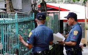 Cảnh sát Philippines gõ cửa từng nhà để xét nghiệm ma túy
