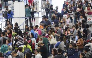 Sân bay hàng đầu châu Á hỗn loạn do siêu bão lịch sử