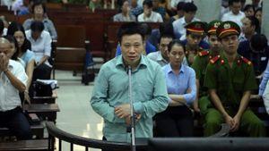 Đại án OceanBank: Hà Văn Thắm khóc giữa toà, xin tăng nặng tội