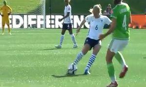 Những pha ghi bàn tuyệt đẹp của các nữ cầu thủ