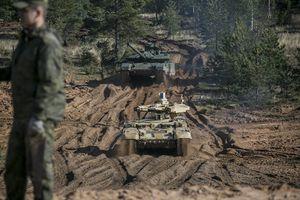 Siêu tăng T-14 Armata lần đầu xung trận tại Zapad 2017