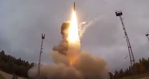 Nga khai hỏa siêu tên lửa có khả năng tiêu diệt cả thành phố từ khoảng cách 12.000km