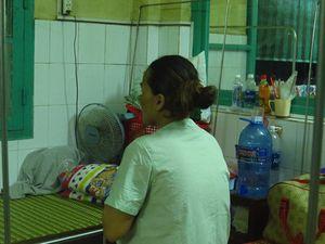 Thai nhi 34 tuần sắp chào đời cần người hiến máu để cứu bé được sống