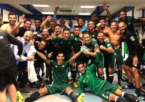 Đối thủ ăn mừng phấn khích sau khi thắng Real