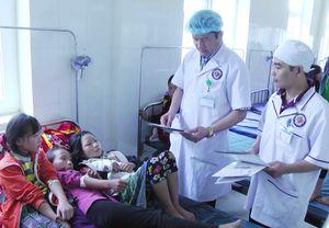 73 học sinh ở Lào Cai nghi ngộ độc thực phẩm