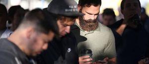 Chứng nghiện smartphone: Căn bệnh của thời đại