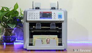 """Trên tay máy đếm tiền Silicon 8 Plus: """"bắt được"""" tiền siêu giả, đa năng, giá 30 triệu đồng"""