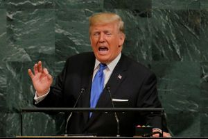 Hashtag tuần qua: TT Trump hâm nóng một thế giới bất ổn