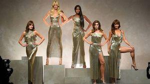 5 siêu mẫu một thời xuất hiện trong show diễn Versace Sping 2018