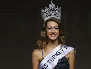 Tân Hoa hậu Thổ Nhĩ Kỳ bị tước vương miện 1 ngày sau khi đăng quang