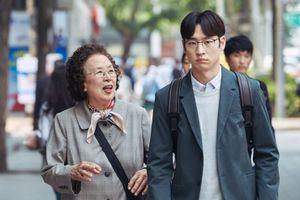Chẳng phải bom tấn nào, bộ phim đầy ý nghĩa này mới là quán quân phòng vé tuần này tại Hàn Quốc