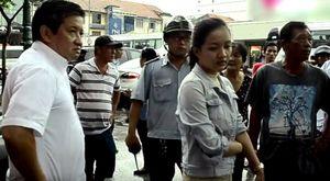 Lấy 10 ngàn của sinh viên, bãi giữ xe bị ông Đoàn Ngọc Hải tước giấy phép
