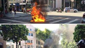 Hà Nội: Xe Attila bốc cháy ngùn ngụt trên phố Tràng Tiền