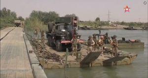 Nga lập cầu dã chiến tiếp vận quân đội Syria đánh IS ở Deir Ezzor