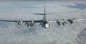 Máy bay ném bom chiến lược Tu-95 MS Nga phóng tên lửa Kh-101 tiêu diệt IS, Al-Qaeda Syria
