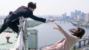 Suzy tự tử, Lee Jong Suk lao ra cứu trong teaser mới 'While You Were Sleeping'