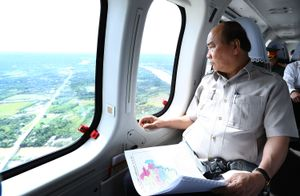 Thủ tướng thị sát ảnh hưởng biến đổi khí hậu ĐBSCL
