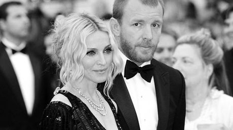 Madonna he lo su that cuoc song voi chong cu Guy Ritchie - Anh 1