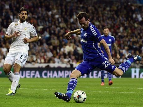 Real Madrid vao tu ket sau tran thua soc, Ancelotti xin loi CDV - Anh 1