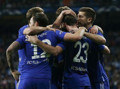 Real Madrid vao tu ket sau tran thua soc, Ancelotti xin loi CDV - Anh 5