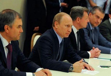 Putin tiet lo tung ha lenh cho dac nhiem cuu cuu Tong thong Ukraine - Anh 3