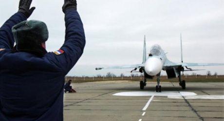 Gia tri bi an cua Crimea: Tang manh nang luc tac chien vu tru cho Nga - Anh 3